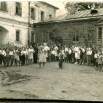 Пионерский (трудовой) лагерь в Пощуповской школе. Пионервожатая Полина Гвоздкова проводит зарядку.jpg